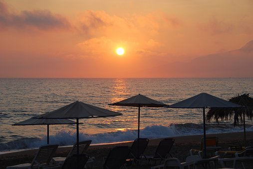 Create Retreats | Sunset over Southern Crete